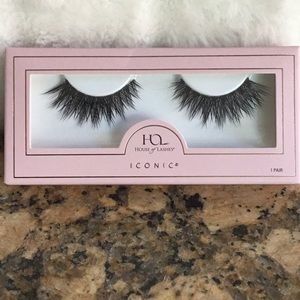 Stella Luxe House of Lashes - Synthetic Blend